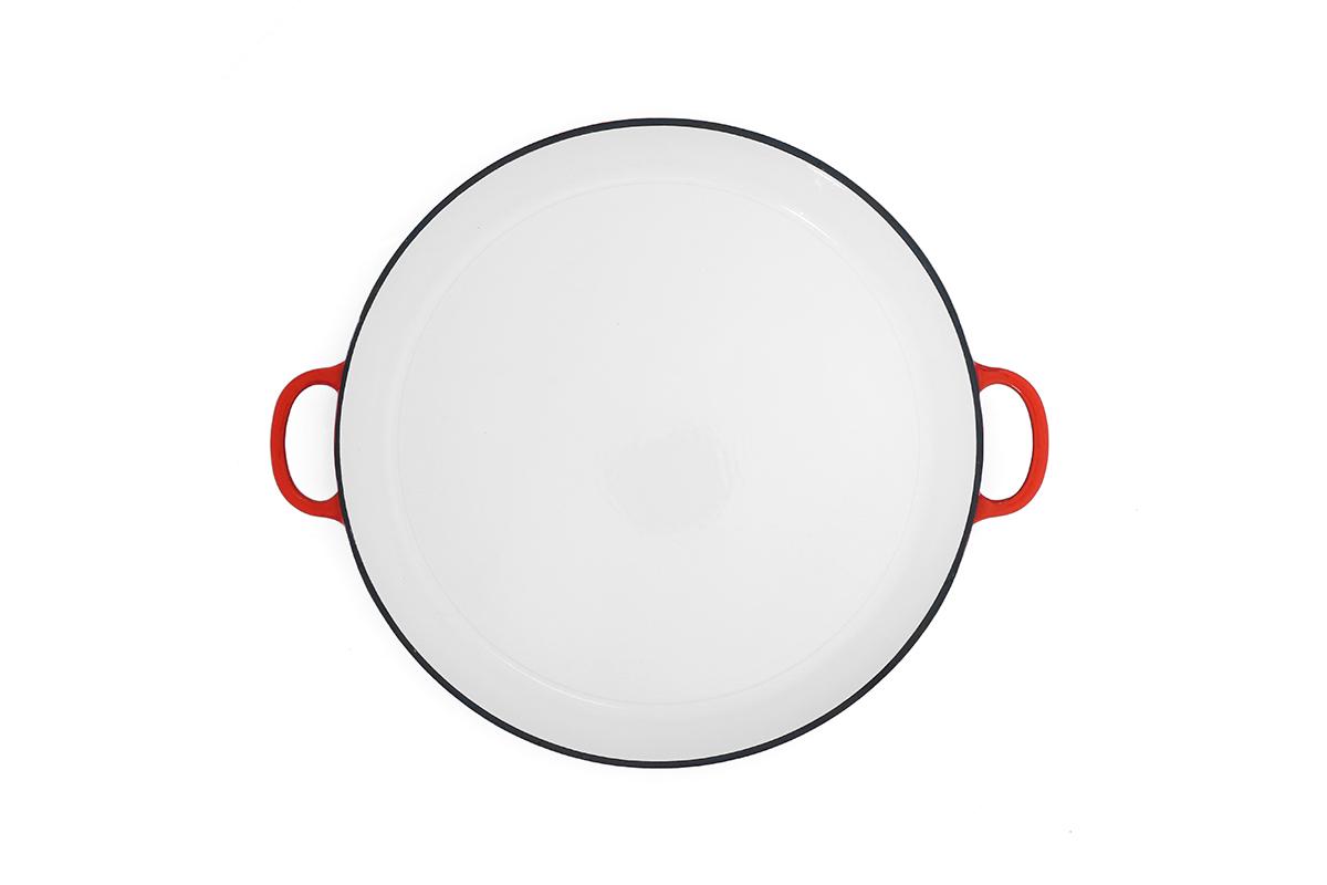 צילום סיר קרמי על רקע לבן, צילום אריזה למוצר - צילום מלמעלה - פוקס הום
